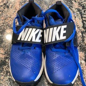 Nike boys sneakers